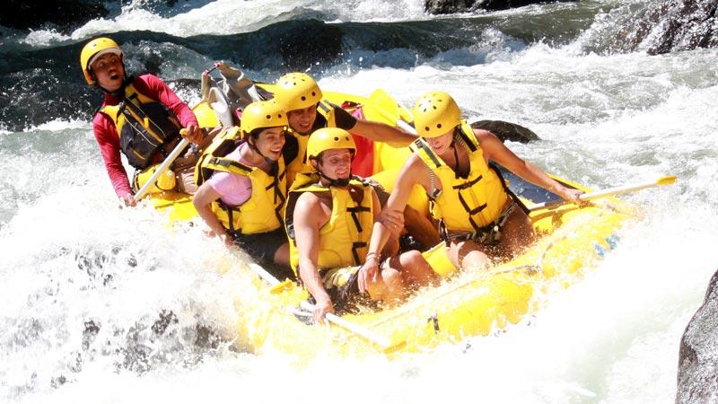 Class 4 White Water Rafting
