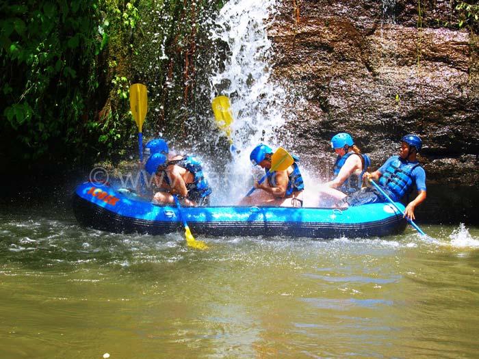 white water rafting ubud gianyar bali