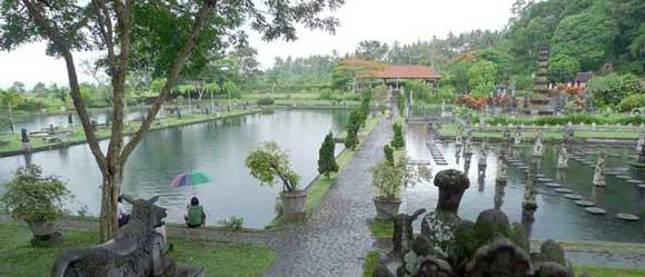 tirtagangga bali water palace