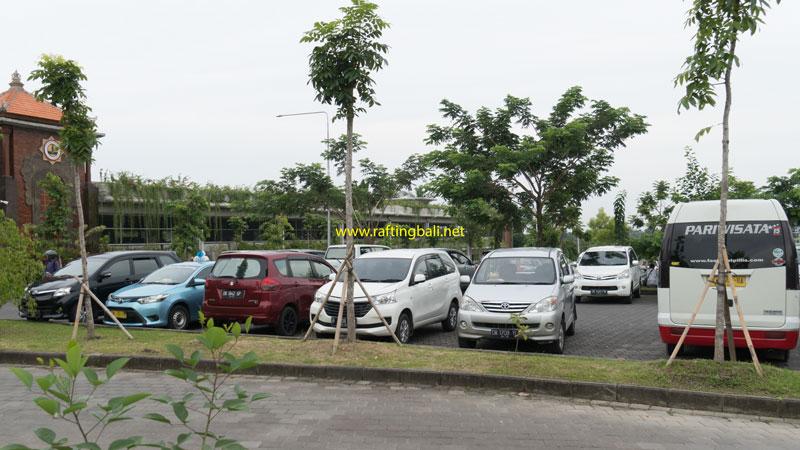 Vehicle Parking Area In Ubud Monkey Forest