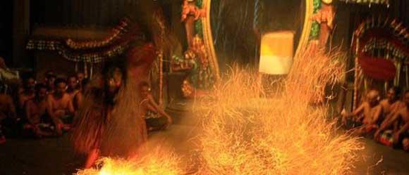 Ubud Kecak fire dance