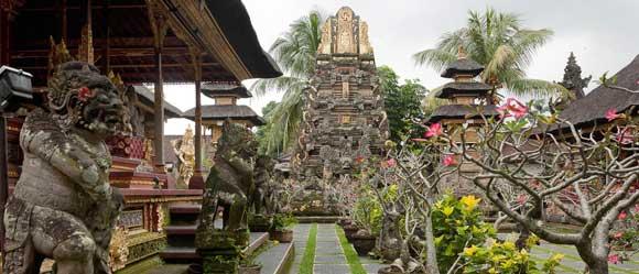 Taman Saraswati Temple Ubud