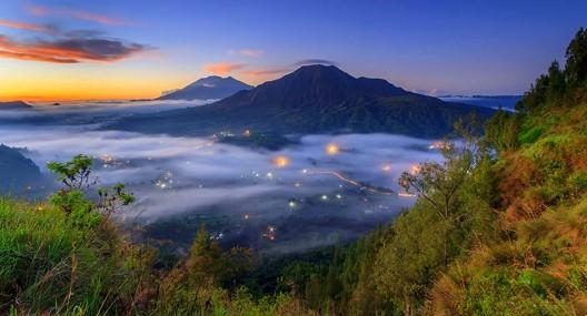 Bali Beautiful Fog Scenery At Kintamani Bangli