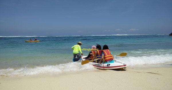 Canoeing At Pandawa Beach - Bali Nature Tourism