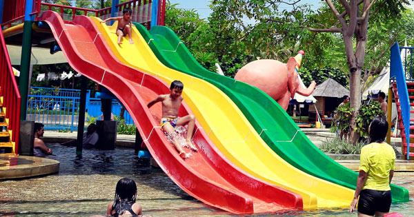 Mini Speed Slider Racing Kuta Waterpark Bali