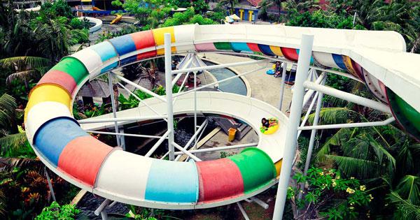 Speed Spiral Slider Ride Water Park In Bali