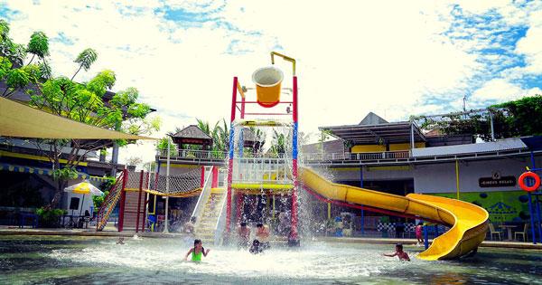 Spill Bucket Kuta Waterpark Bali