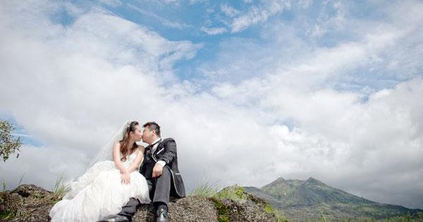 Pre-Wedding Photography Mount Batur - 10 Popular Photoshoot Location In Bali
