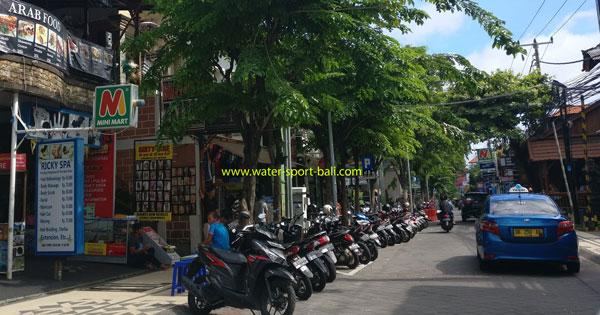 Atmosphere Jalan Legian Bali On Day Time