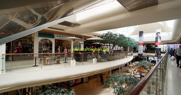 Seminyak Village Shopping Mall Shops