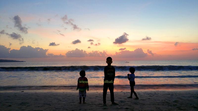 A Vacation to Jimbaran Beach Bali with Children