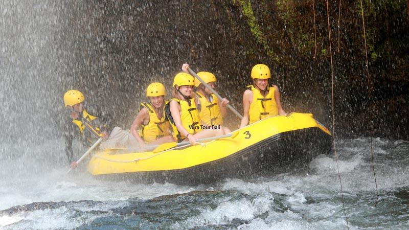 Alam Rafting Telaga Waja River