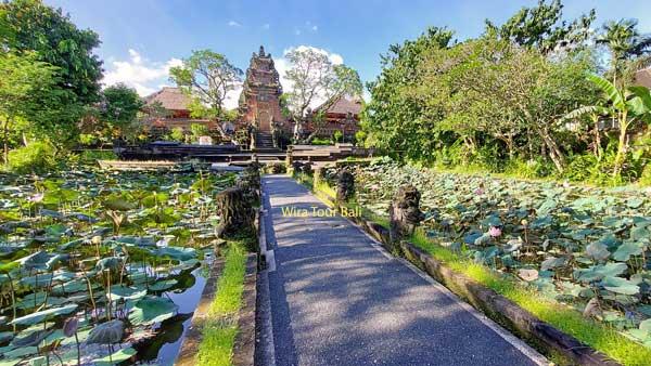 Taman Saraswati Temple